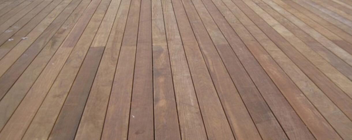Ipé is een tropische houtsoort die u bij ons kan kopen